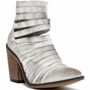 {Free People} Hybrid Leather Booties Size 8M